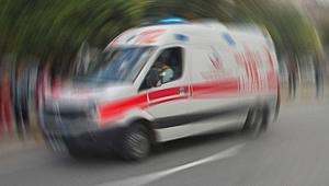 Manisa'da bariyere çarpan motosiklet sürücüsü öldü