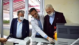 Türk Kızılay ürettiği maskeyi İzmirlilere dağıtacak
