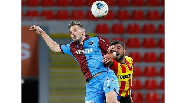 Göztepe,Trabzonspor'a diş geçiremedi :1-3