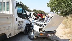 Muğla'da kamyonetle otomobil çarpıştı: 1 ölü,