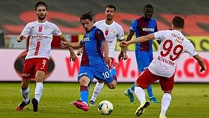 Trabzonspor liderlik yarışında yara aldı