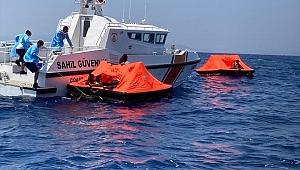 Türk kara sularına geri itilen 26 sığınmacı kurtarıldı