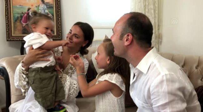 Leo bebek ilk yaş gününü kutladı