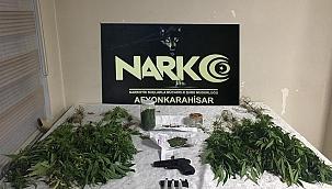 Uyuşturucu operasyonu 2 kişi gözaltına alındı