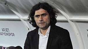 Afjet Afyonspor'da teknik direktör Serhat Gülpınar, istifa etti