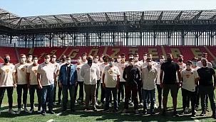 Göztepe Hentbol Takımı tanıtıldı