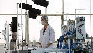 """Hazır giyim sektörü Kovid-19 sürecinde yaralarını """"medikal tekstil""""le sardı"""