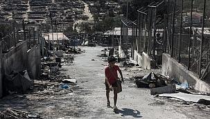 Midilli'deki sığınmacıların çilesi bitmek bilmiyor