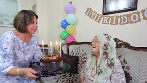 Sökeli Melike nine, 100. yaşını kutladı
