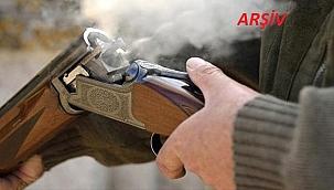 Traktöründeki tüfeği ateş alan çiftçi öldü