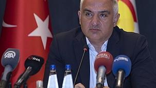 Turizm Bakanı Ersoy'dan önemli mesajlar