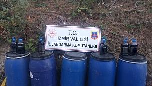 İzmir'de 1640 litre sahte içki ele geçirildi