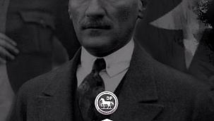 """""""Mustafa Kemal Atatürk, umutsuzluk esaretini yırtan iradenin adıdır"""""""