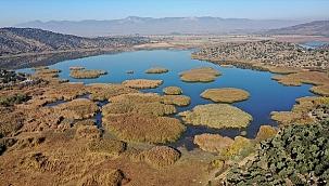 Azap Gölü, ziyaretçilerini bekliyor