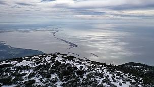 Aydın'daki Dilek Yarımadası Milli Parkı'nda kış ve ilkbahar bir arada