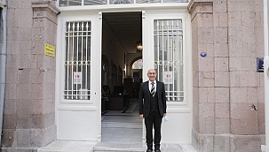 İzmir Büyükşehir Belediyesi 130 yıllık tarihi binasına taşındı