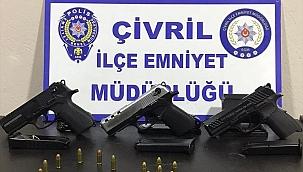 Silah kaçakçılığı operasyonunda 2 kişi gözaltına alındı
