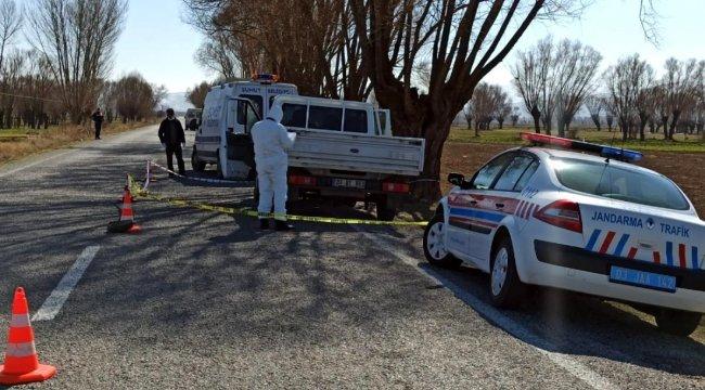 Afyonkarahisar'da yol kenarında kadın cesedi bulundu