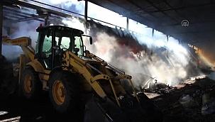 Ahşap süs eşyası üretilen atölyede çıkan yangın kontrol altına alındı