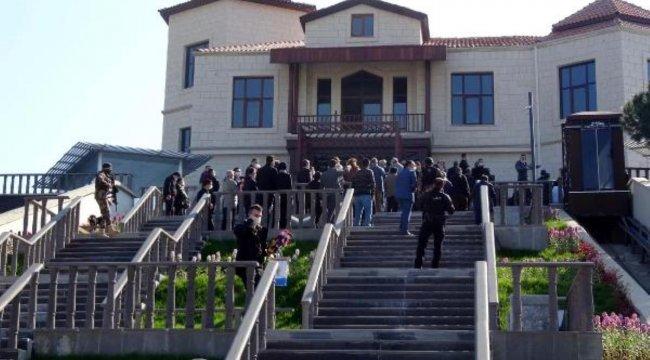 Bakanı Soylu, yapımı devam eden Adnan Menderes Demokrasi Müzesi'ni inceledi