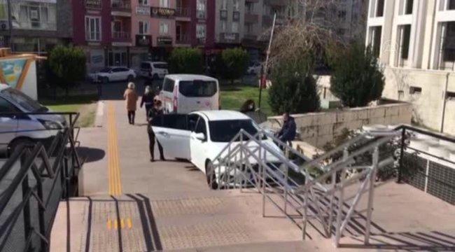 FETÖ/PDY firarisi kadın, sahte kimlikle yakalandı