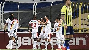 Göztepe,Fenerbahçe deplasmanından zaferle dönüyor