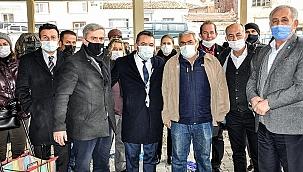 İyi Partili Eryılmaz Kırkağaç'ta Esnafları Dinledi