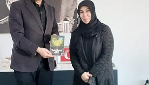 Tügva Aliağa'nın Bir Kütüphanede Biz'den Kampanyası Ziyaretleri Devam Ediyor.