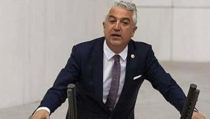 CHP Denizli Milletvekili Haşim Teoman Sancar'ın, skandal kaset tehdidi nedeniyle istifa ettiği iddiası