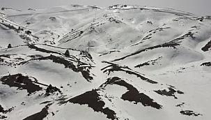 Denizli Kayak Merkezi 20 günde yaklaşık 100 bin ziyaretçiyi ağırladı