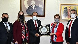 İhracatçıları Birliği yöneticileri, Ankara'da temaslarda bulundu