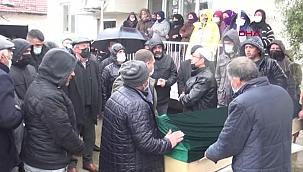 İZMİR Soma'da trafik kazasında ölen 4 maden işçisi, son yolculuklarına uğurlandı