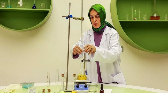 Kayseri Bilim Merkezi ithal edilen 'Ferrofluid' maddesini üretmeyi başardı
