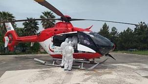Ambulans helikopter koronavirüs hastası için havalandı