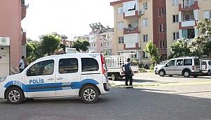 İzmir'de biri kadın iki kişi silahla yaralandı