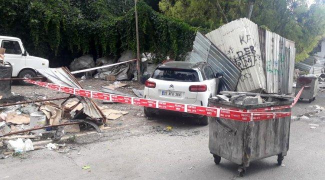 İzmir'de otomobilde silahlı saldırıya uğrayan sürücü yaralandı