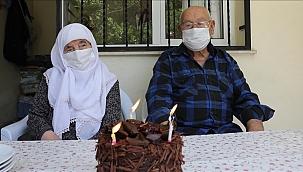 Vefa Ekibi 90 Yaşındaki Çiftin 67. Evlilik Yıl Dönümünü Kutladı