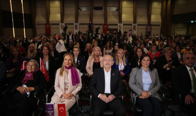 Kılıçdaroğlu, Aydın'da kadın kolları toplantısında konuştu