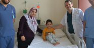 3 Yaşındaki Ömer Böbrek Taşından Kurtuldu…