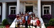 Küçük öğrenciler Bornova'yı ele aldı