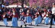Sakızlılar Ulusal Bağımsızlık Bayramı'nı kutladı