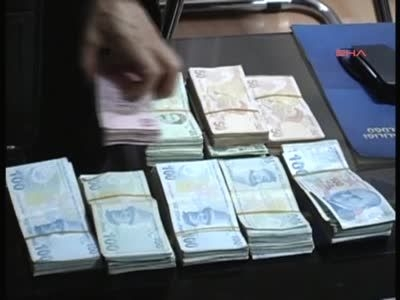 Ünlü İşadamı Akçay iki çanta dolusu para ile kaçarken yakalandı